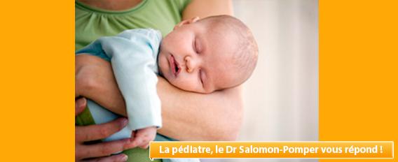 Comment arrêter en douceur de bercer bébé ?