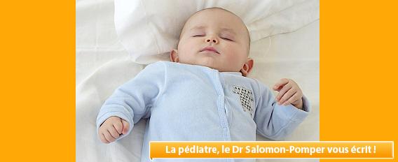 Doit-on coucher bébé sur le dos ou sur le ventre ?