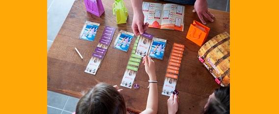 Vous cherchez un cadeau d'anniversaire original ? La rédaction a testé pour vous les kits d'anniversaire « Quizotrésor » !