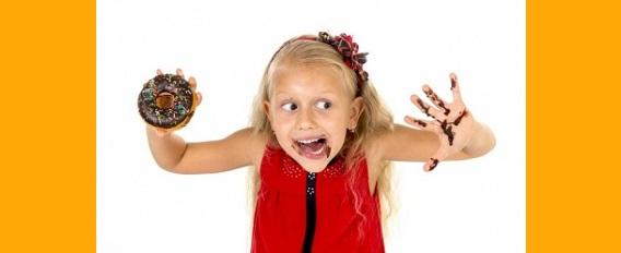 5 conseils pour enlever les taches des vêtements des enfants