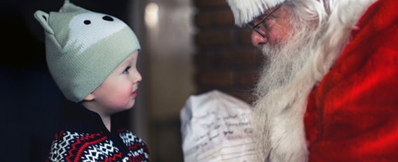 Faire croire aux enfants que le Père Noël existe : bonne ou mauvaise idée ?